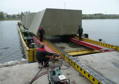 2 Kort nozzles with the total weight of 172 T; transport by pontoon from Gdańsk, loading on a ship