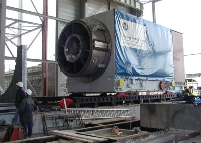Transport of a 220 T generator to the CHP in Zielona Góra
